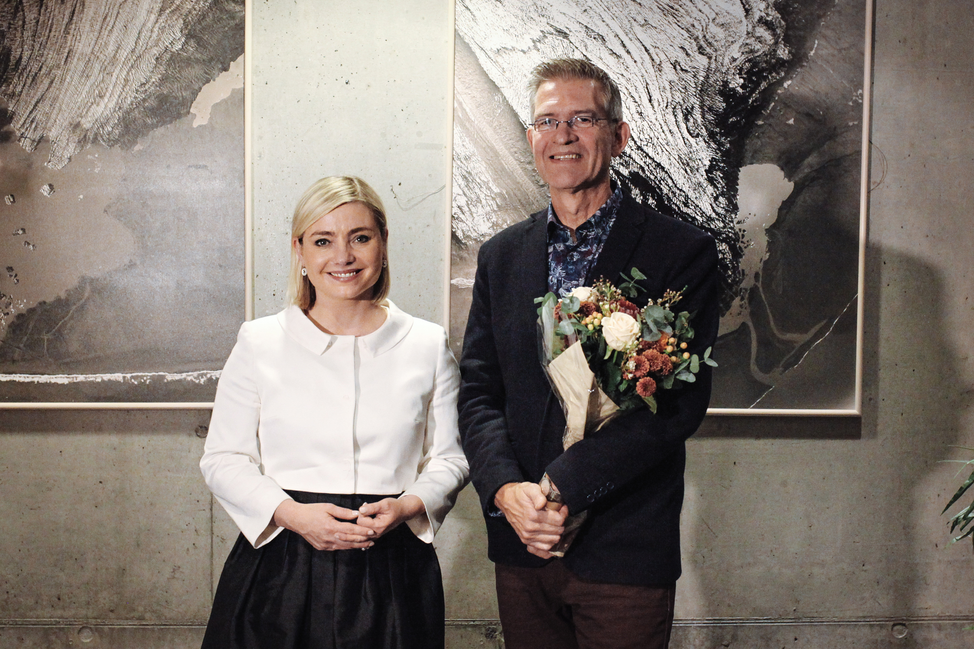 Lilja Alfreðsdóttir, mennta- og menningarmálaráðherra, og Aðalsteinn Ásberg Sigurðsson, skáld og rithöfundur.